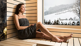 sauna bench H2K from hake konzept suitable for all saunas